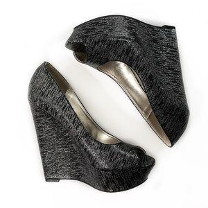 Steve Madden • Elsi Metallic Wedge Heels